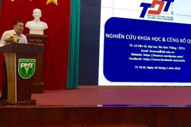 Dr. Ut V. Le delivered a keynote speech at the conference organized by Pham Ngoc Thach Medical University